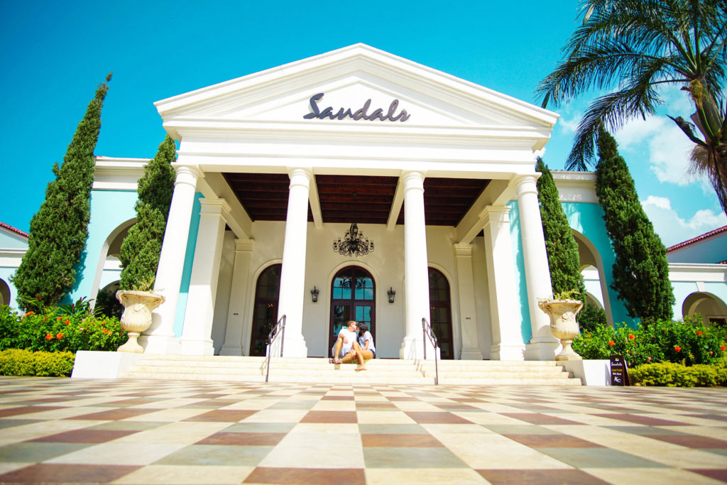 Luxury All Inclusive Vacation: One last kiss at Sandals Whitehouse